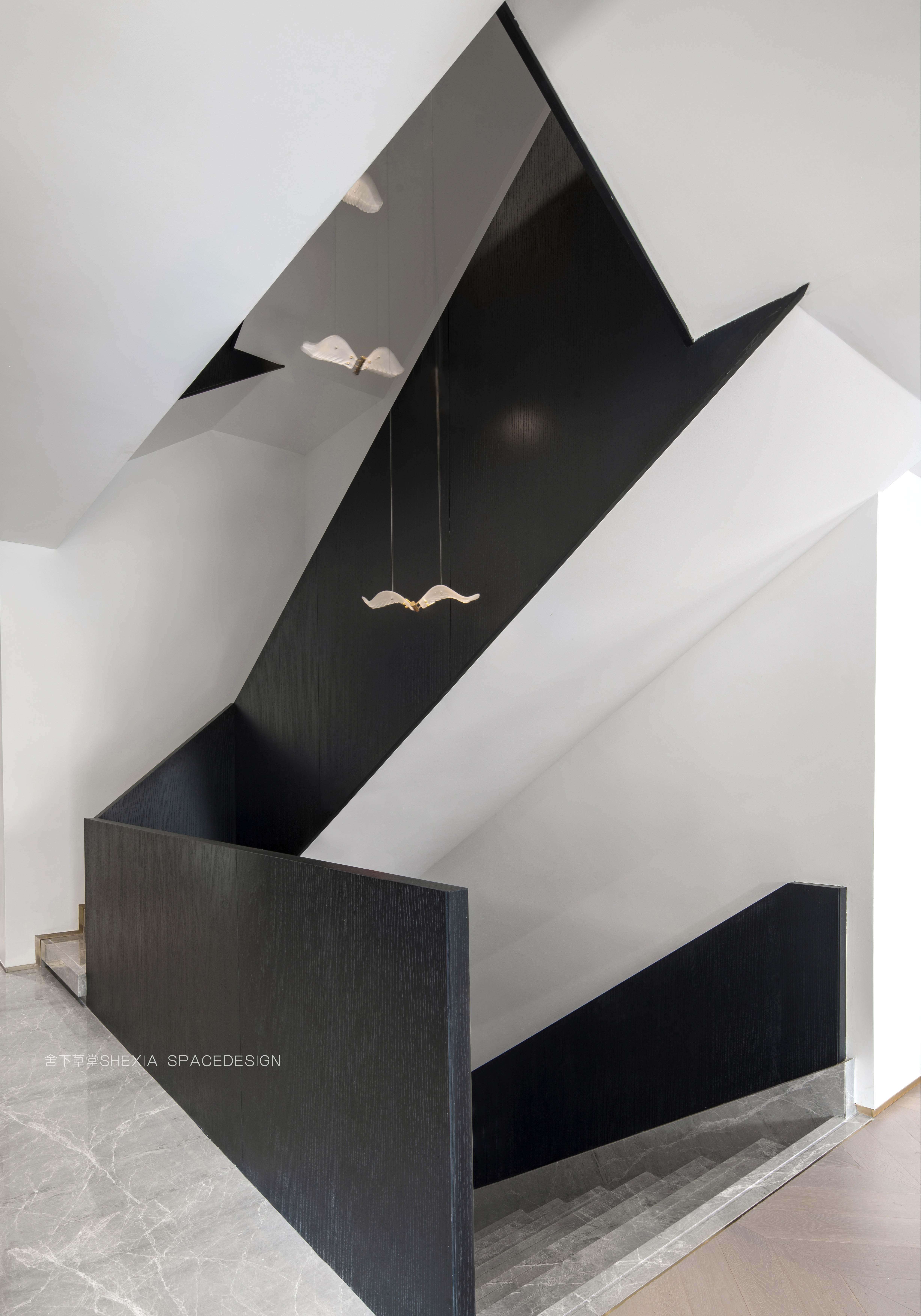楼梯间3.jpg