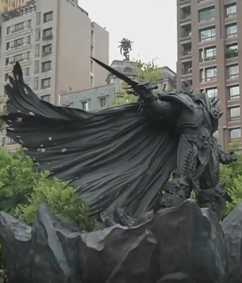 魔兽世界阿尔萨斯铜像坐落台湾台中市