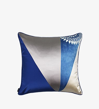 团花蓝印花布靠垫