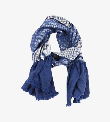 蓝印花布渐变染围巾