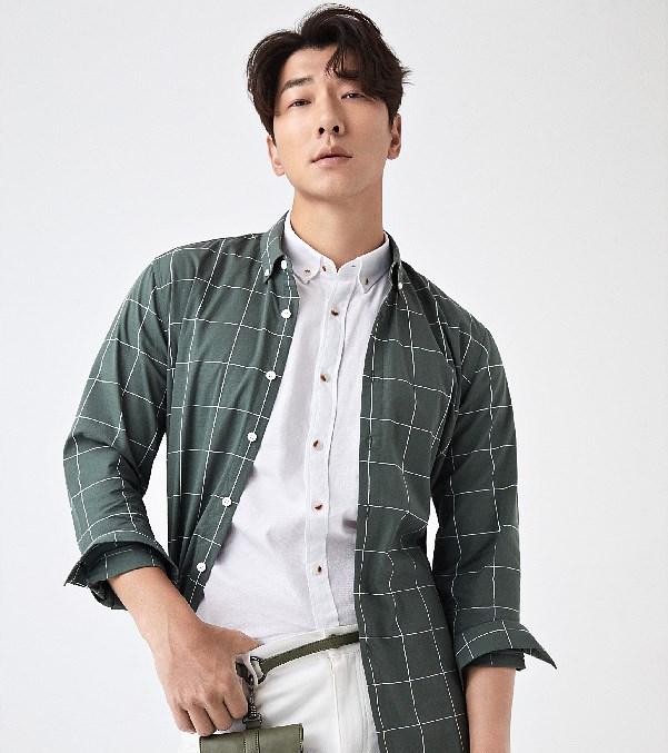 绿格休闲衬衫
